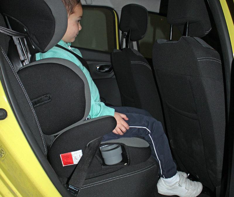 Prueba km renault clio sillas infantiles y otros elementos para ni os renault clio 0 - Normativa sillas de coche para ninos ...