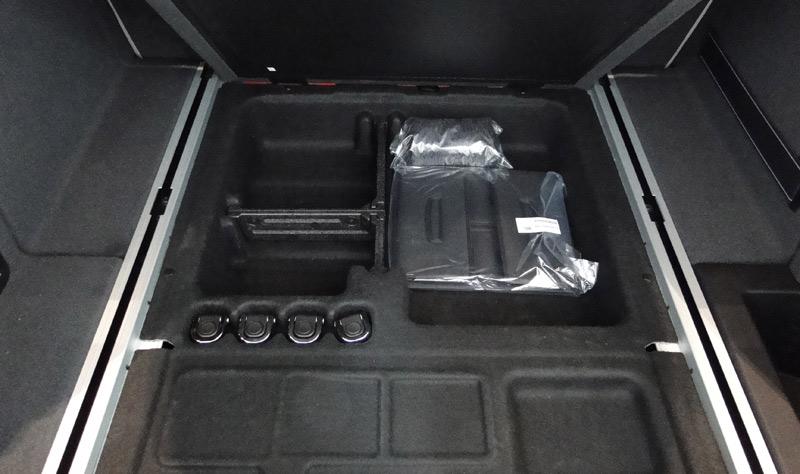 BMW X4. Maletero