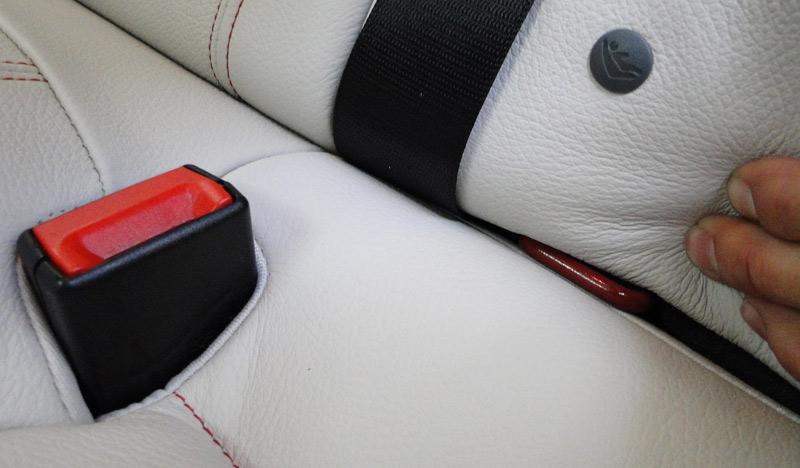 BMW X4. Fijaciones isofix. Plazas traseras