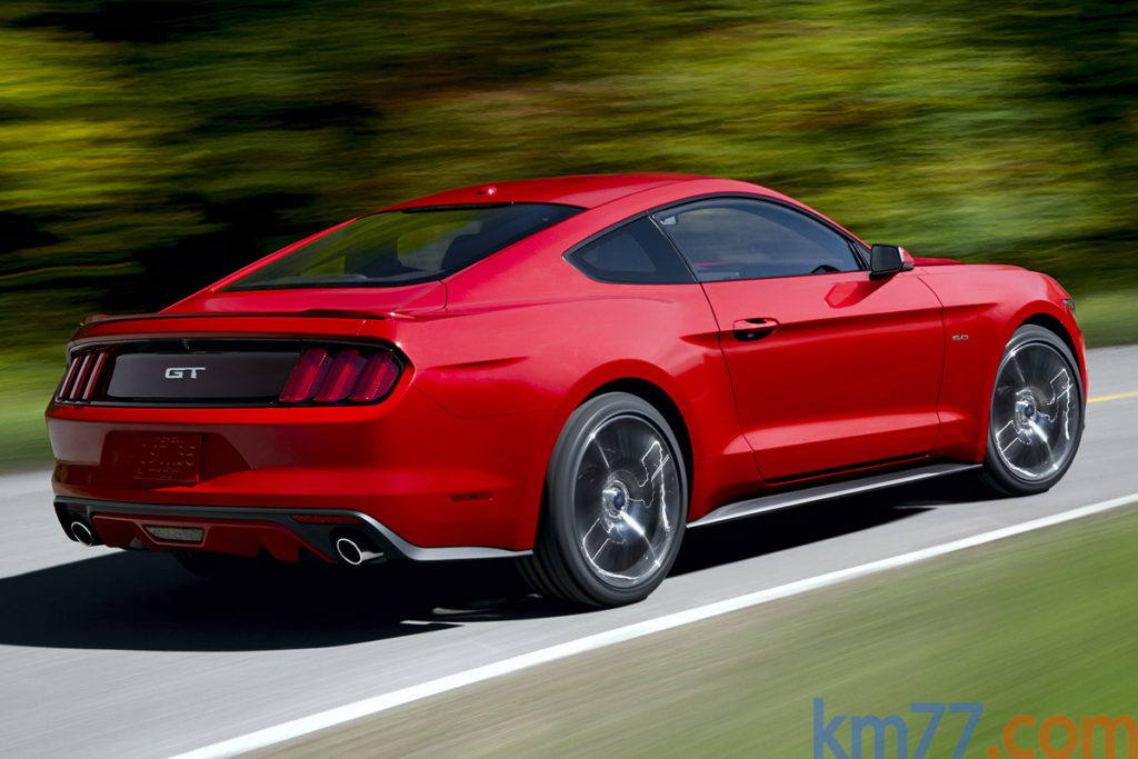 Ford Mustang 2015 trasera