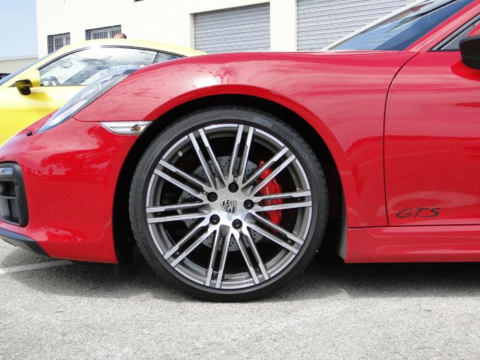 Porsche Boxster y Cayman GTS. LLantas