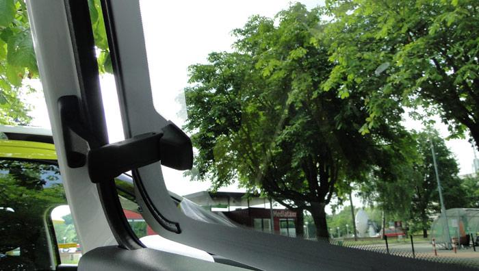 Citroën C4 Cactus. Apertura tipo compás de los cristales posteriores