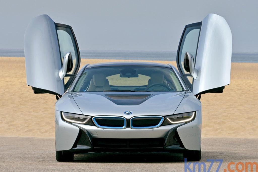 BMW i8 con faros láser