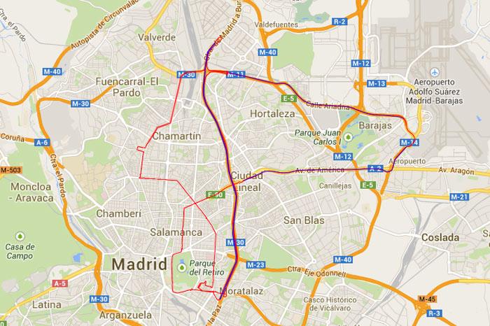 En rojo, tramos urbamos limitados a 50 km/h. En azul, tramos de mayor velocidad (90-120 km/h)