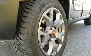 Fiat Panda Cross. Neumático