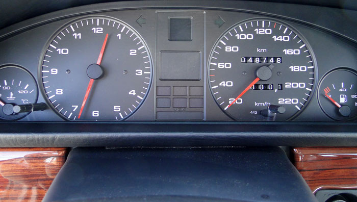 Audi 100 TDI (1989). Instrumentacion
