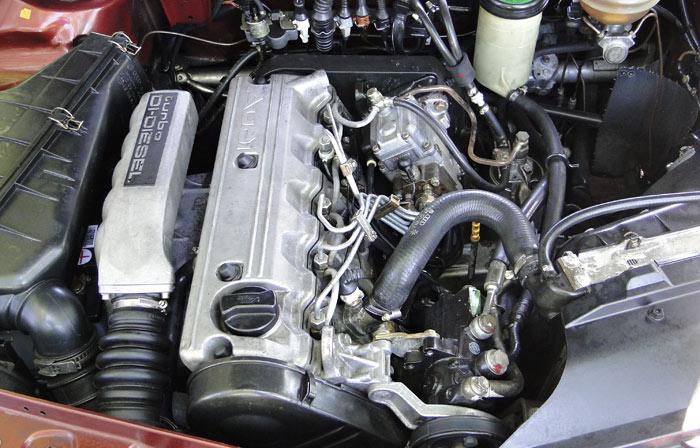 Audi 100 TDI (1989). Motor 2,5