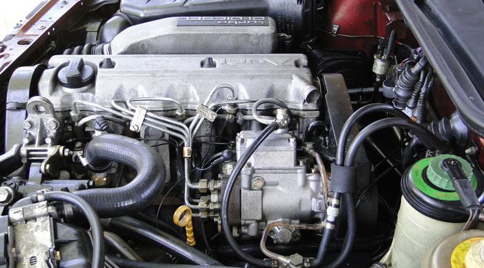 Audi 100 TDI (1989).  Motor 2.0 l y 120 CV