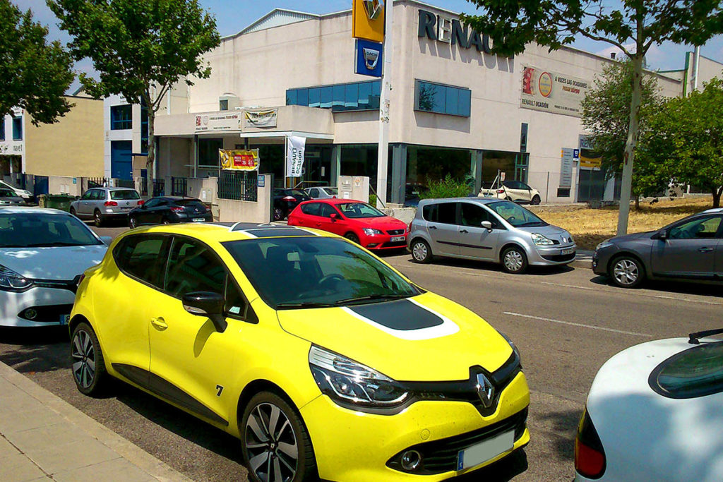 prueba km renault clio revisi n de los 90 000 km primera parte elecci n del taller. Black Bedroom Furniture Sets. Home Design Ideas