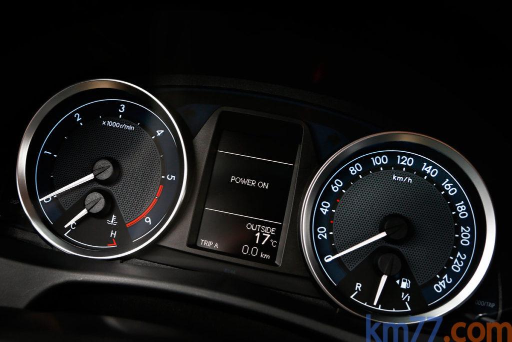 Toyota Auris 2014 _1