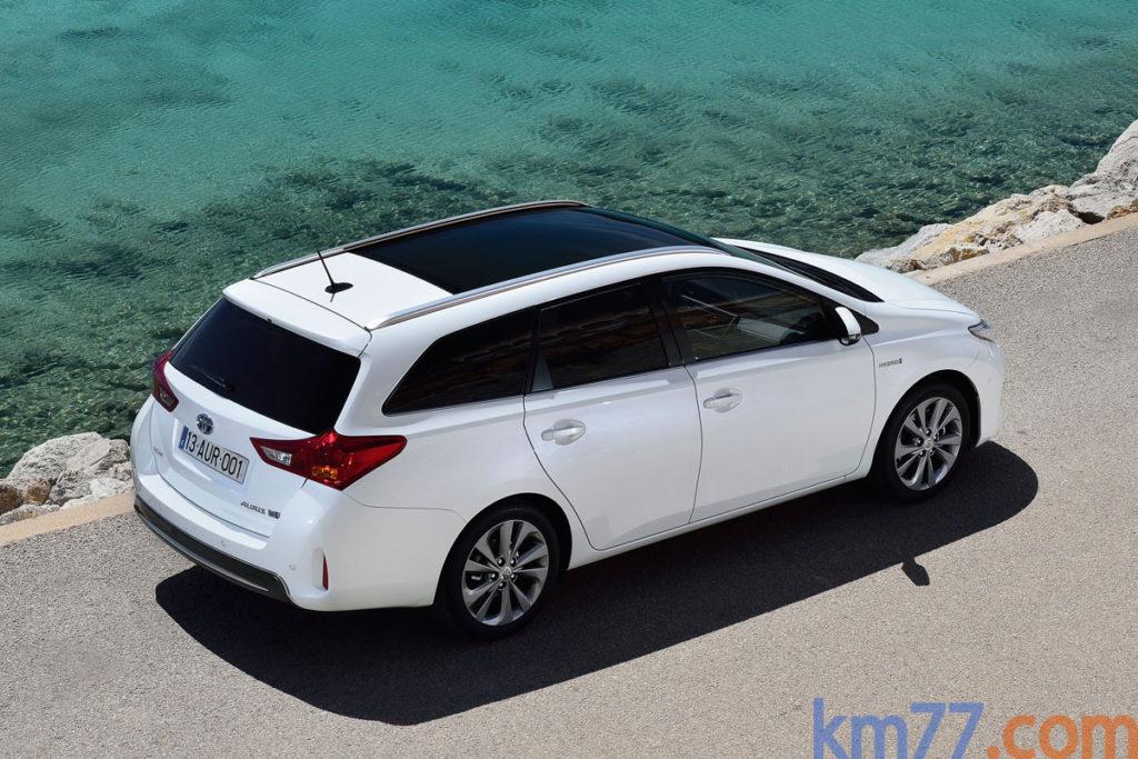 Toyota Auris 2014 _4
