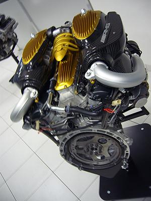 Este motor lo hace Mercedes-AMG para Pagani, que lo monta en el Huayra.