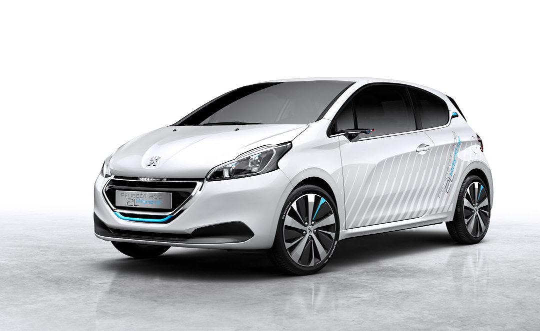 Peugeot mostrará en París el 208 Hybrid Air 2L