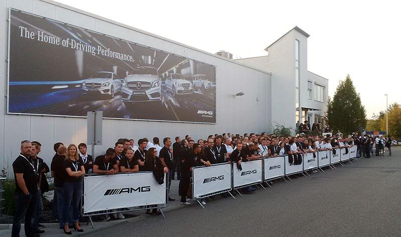 Mercedes-AMG no solo ha invitado a unos 300 periodistas de todo el mundo. También a sus empleados.