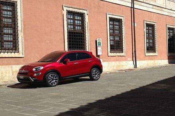 Primeras imágenes del Fiat 500X (vídeo)