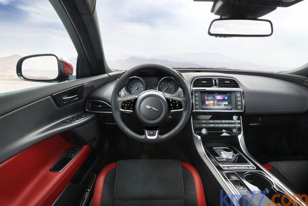 Jaguar XE-S 3