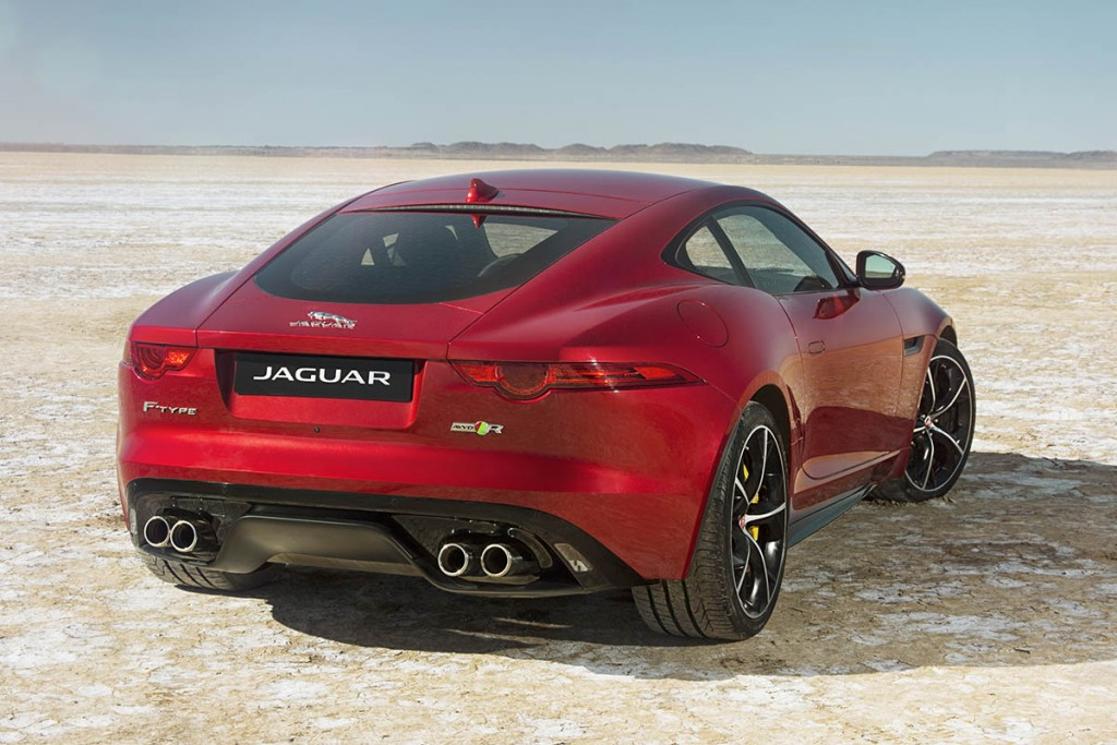 Jag_FTYPE_AWD_Bloodbound_Image_061114_02