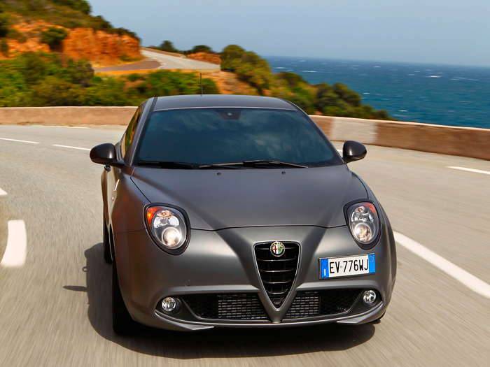 Prueba interesante paralela (44): Fiat de prestigio: Lancia Delta S 1.6-JTD M-Jet y Alfa-Romeo MiTo 1.4-TB-170 M-Air Quadrifoglio Verde TCT