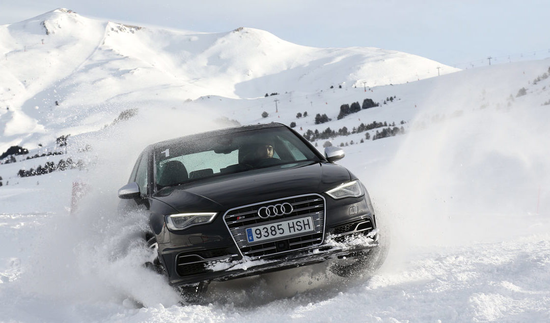 Cursos de conducción. Audi Winter Driving Experience
