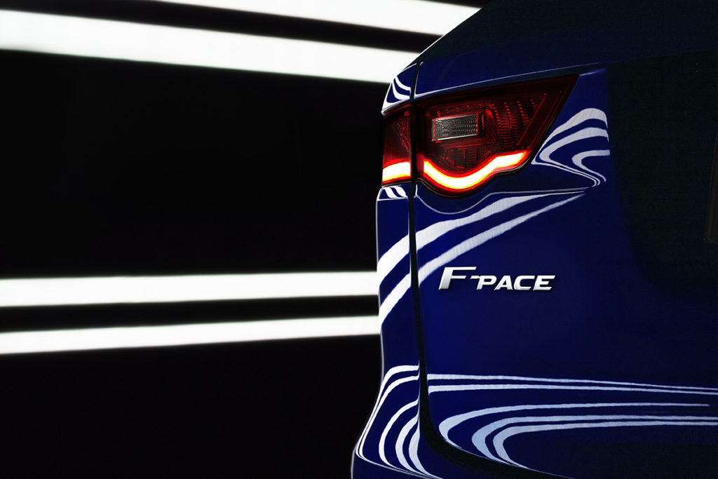 Jaguar F-PACE 2016