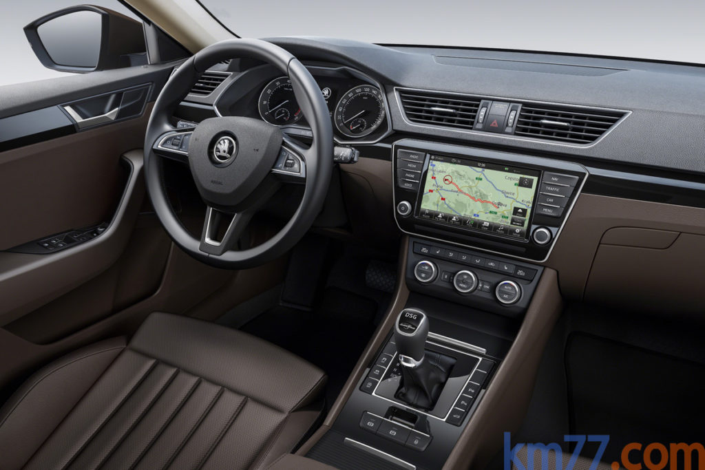 Superb 2015 Interior