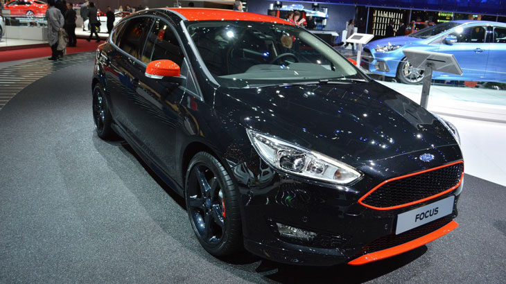 ford-focus-black