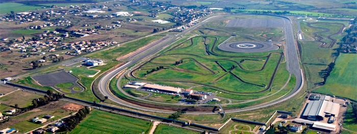 Visita al centro técnico de Bridgestone en Aprilia, Italia.