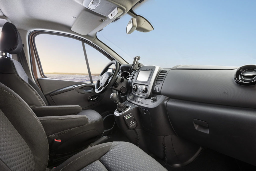 Opel-Vivaro-Surf-Concept-296874