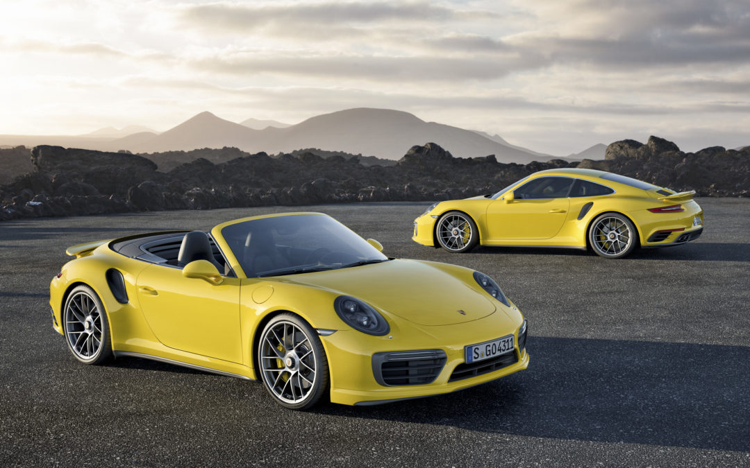 Porsche 911 Turbo y Turbo S en movimiento