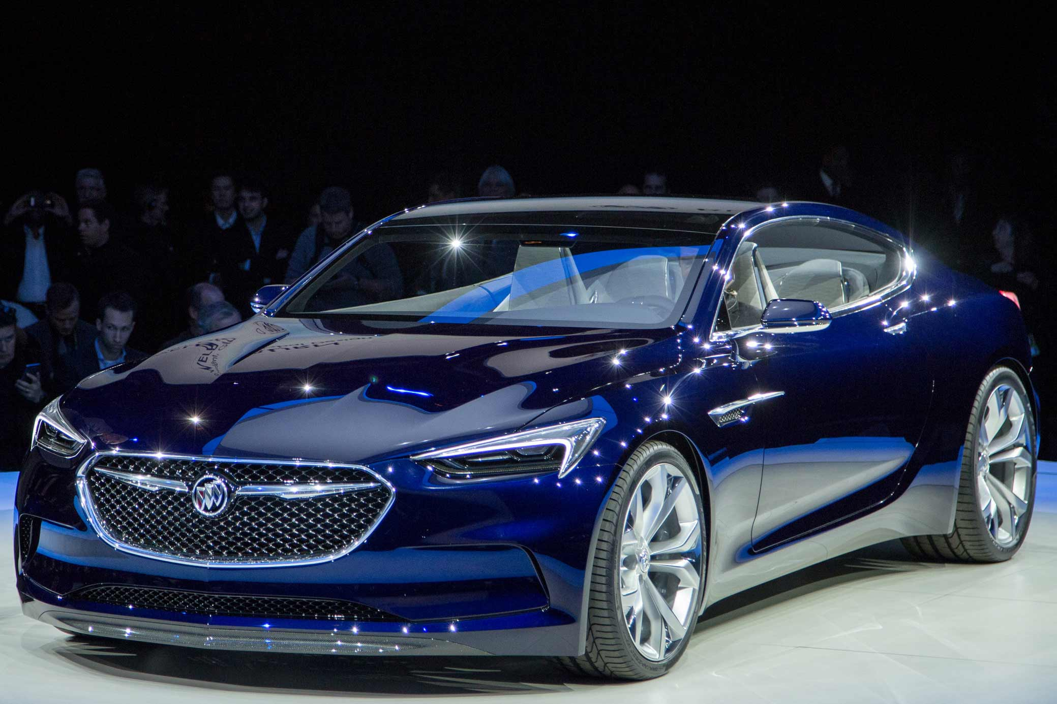 BuickAvistaReveal02