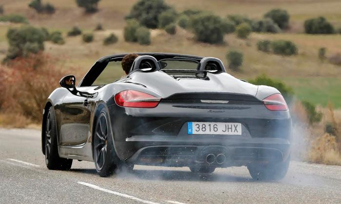 Porsche Boxster Spyder, 120 segundos de vídeo-sonido