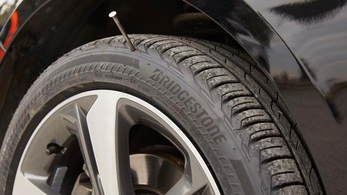 Bridgestone DriveGuard, neumáticos Run Flat universales (con vídeo)