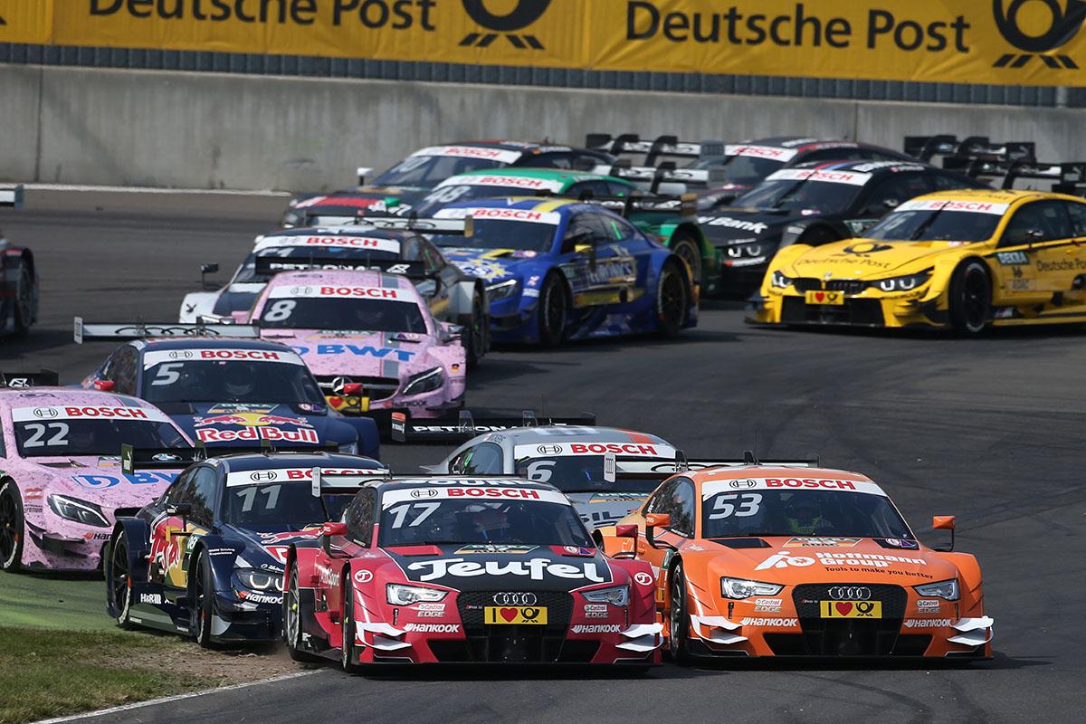 Lucha entre Molina —Audi RS 5 DTM #17 (Audi Sport Team Abt)— y Green —Audi RS 5 DTM #53 (Audi Sport Team Rosberg)—