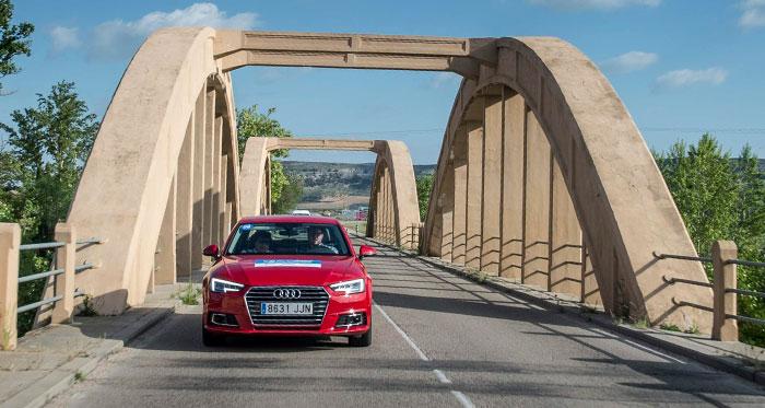 El último de los diez coches de los que hay noticia: un Audi A-4 Avant 2.0-TFSI de 190 CV. Sólo penalizaron tres minutos, pero su consumo un 24% más alto que el homologado les dejó décimos. Claro que por detrás suyo quedaron catorce coches más, que no es moco de pavo.