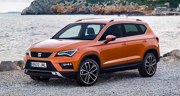 El nuevo Seat Ateca exhibe la imagen típica del SUV moderno: frontal alto y vertical, capó casi plano, suspensión discretamente elevada y cuerpo de carrocería perfectamente intercambiable con el de un MPV.