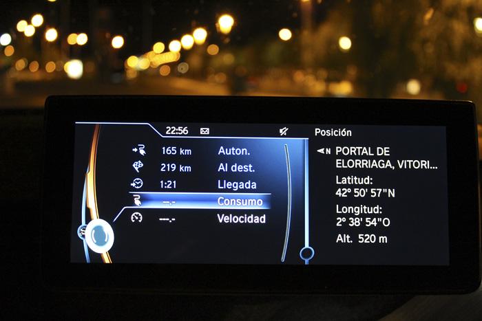 BMW i3 94 Ah Ordenador y navegador integrados.