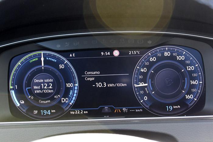 11 Volkswagen eGolf -Cargar 10.3kWh