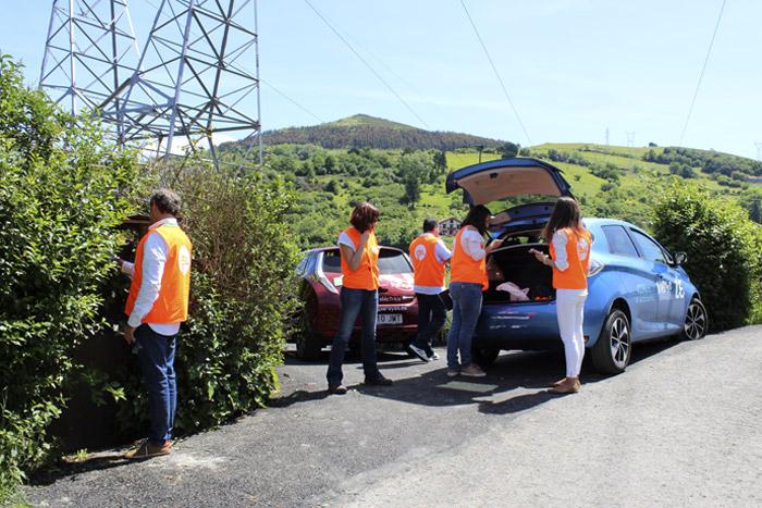 40-Bilbao Rallye- El coche tiene problema