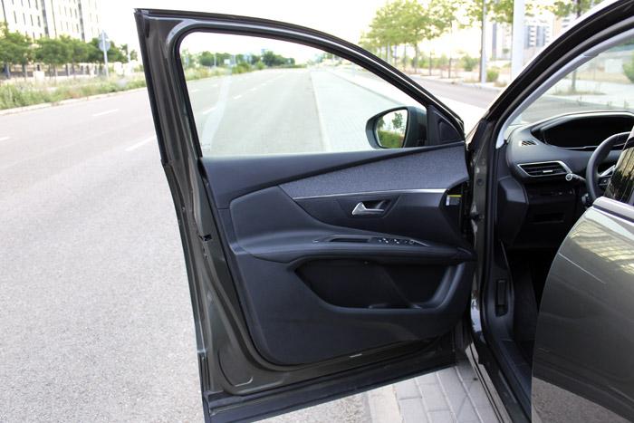 02-Peugeot 3008- Front Door