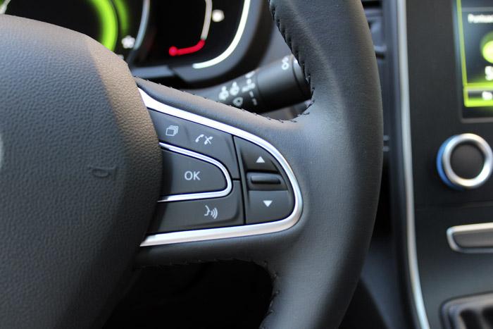02-Renault Mando de la radio