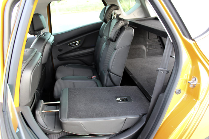 10-Renault Scenic