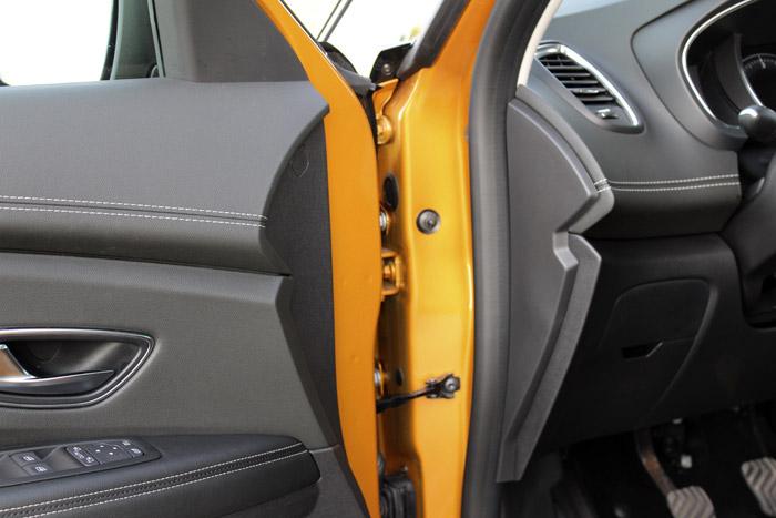20-Renault Scenic