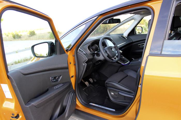 22-Renault Scenic