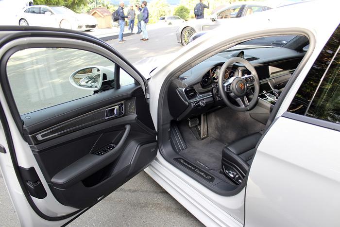 Porsche Panamera 4 E-Hybrid Sport Turismo tapicería negra