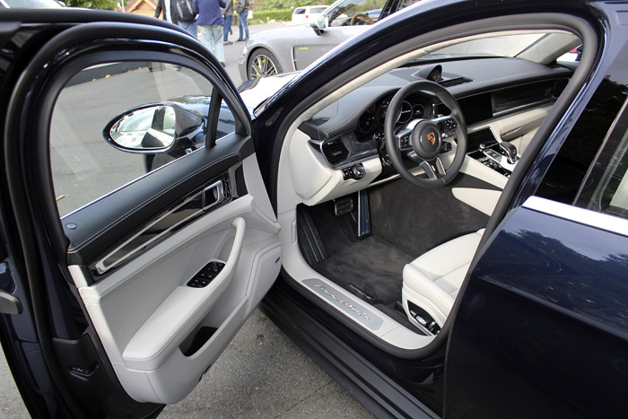 Porsche Panamera Turbo Sport Turismo tapicería bitono
