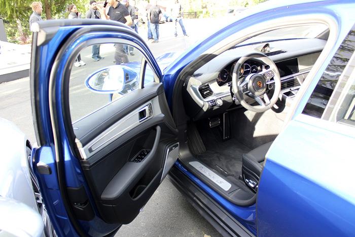 Porsche Panamera 4S Sport Turismo tapicería negra
