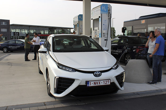 Viaje en Toyota Mirai. Coste del hidrógeno: 9,5 € cada 100 kilómetros