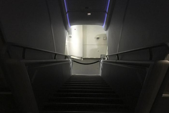 19-Airbus 308- Exit Door
