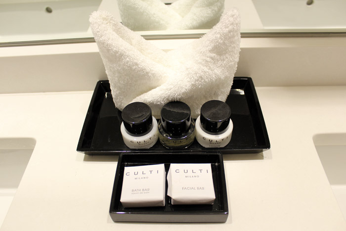 20-Villa Eyrie Resort Amenities