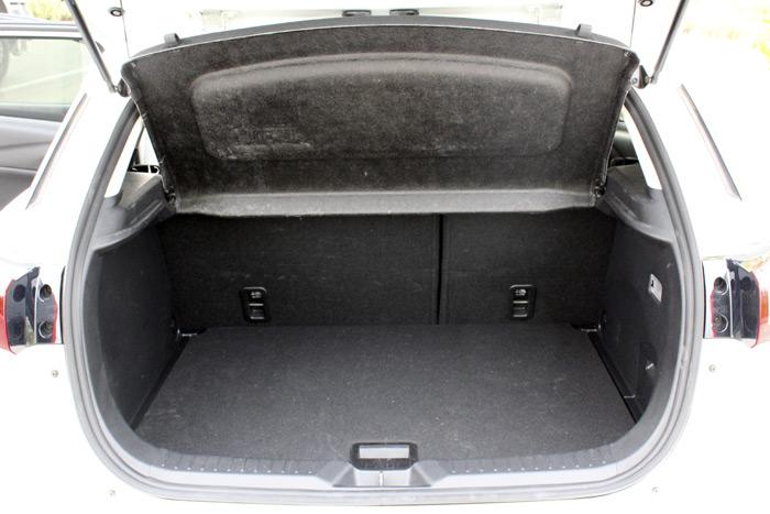 05-Mazda CX 3-Diurnos